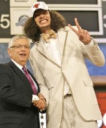 Joakim Noah's suit