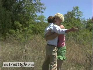 blake-griffin-girl-hug